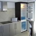 corpuri, frigider incorporat