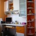 birou alb portocaliu